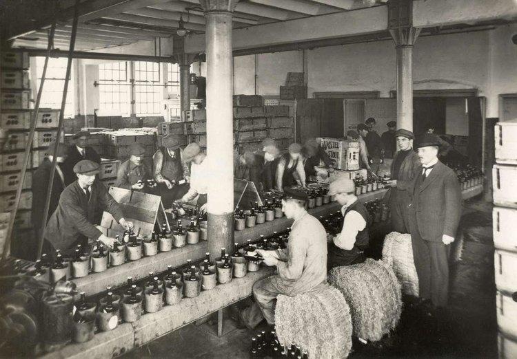 old-amstel-brewery-amsterdam-antoinerenault-art 2